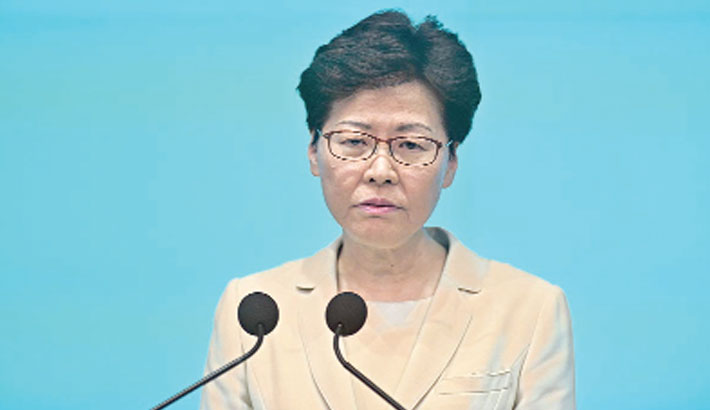 Hong Kong leader apologises for extradition law turmoil