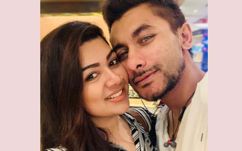 Actor Taskin ties the knot