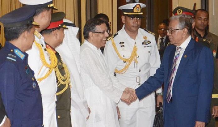 President returns home from Uzbekistan