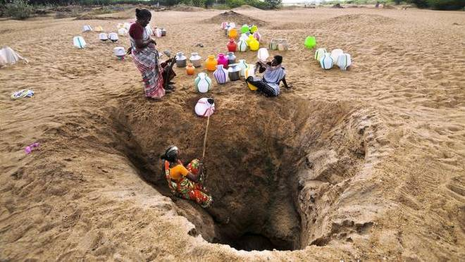 Dry lakebeds and fights for water as drought grips India's Chennai