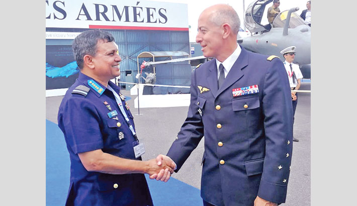 BAF chief passes busy schedule  in France