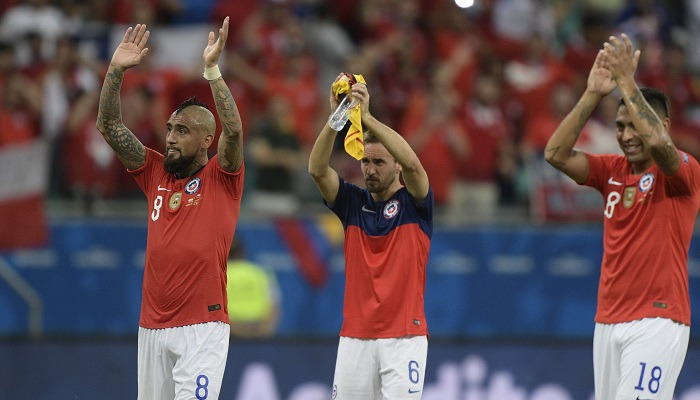 Chile beat Ecuador 2-1 to reach Copa America quarterfinals