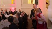 UK minister suspended after grabbing Greenpeace activist (Watch)