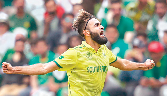 Tahir becomes South Africa's leading  wicket-taker