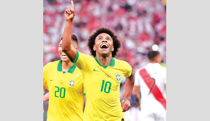 Brazil trounce Peru to reach Copa quarter-finals