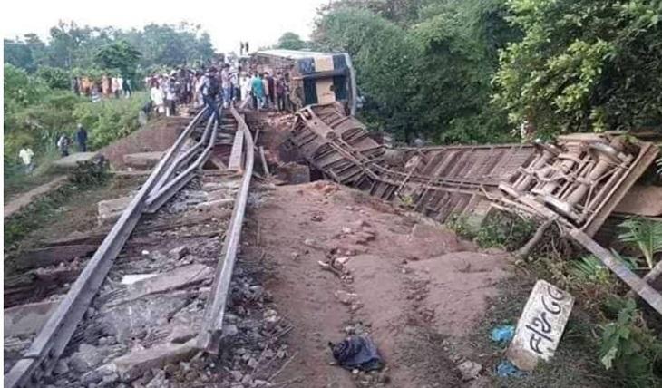 Probe body formed over Moulvibazar train crash