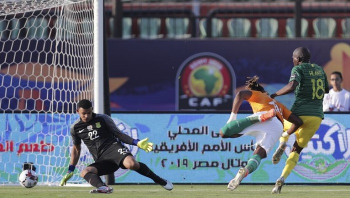 Ivory Coast start with win in African Cup's toughest group