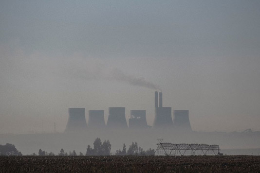 Coal dust and smog plague lives on S.Africa's Highveld