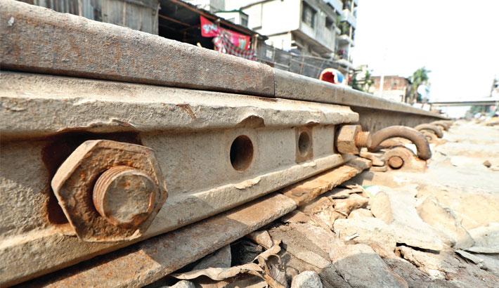 PM orders quick  repair of risky railway bridges