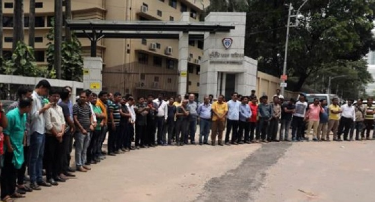 Journalists protest after ACC threatens with legal action