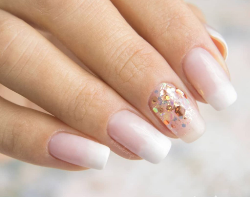 Subtle stunning nail designs you can wear at work