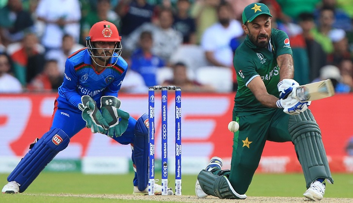 Pakistan beat Afghanistan by three wickets in Cricket World Cup thriller