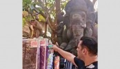 Salman campaigns against plastic bottles with the help of a monkey