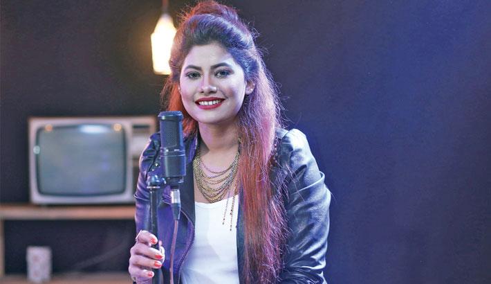 Ratry covers Haider's Mon Ki Je Chay Bolo