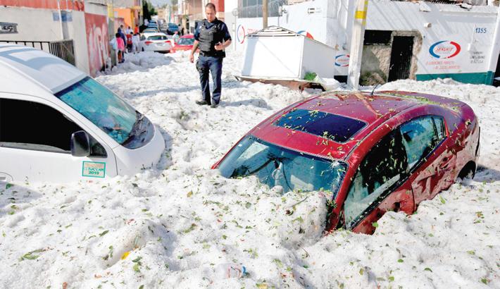 Freak hail storm strikes Mexican city of Guadalajara