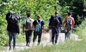 Heatwave adds to the woes of migrants stranded in Bosnia