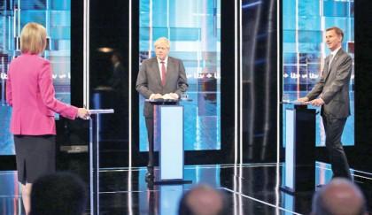 UK leadership hopefuls clash over Brexit promises
