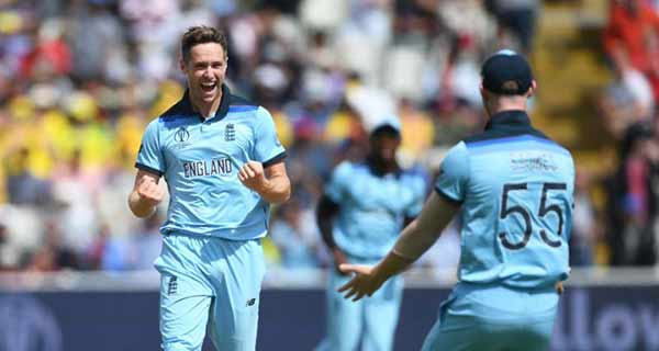 Woakes hails 'incredible' England after storming World Cup final