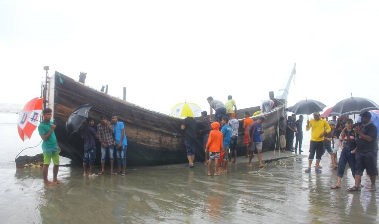 Cox's Bazar fishing trawler capsize: Death toll reaches 9