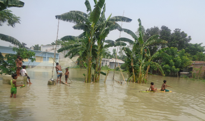 Flood situation may worsen in ten districts: Minister