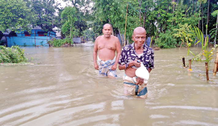 Flooding aggravates in different districts