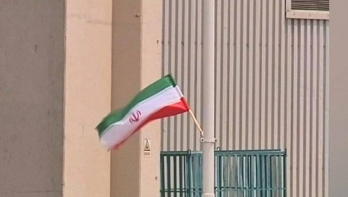 Iran says ready to negotiate if US lifts sanctions