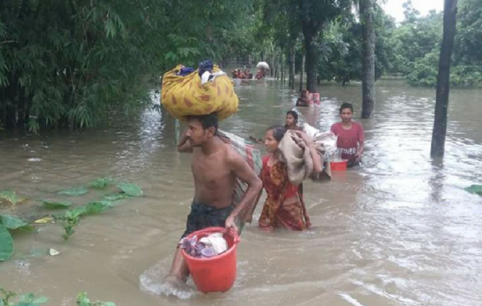 Govt to make big boats for flood-hit areas to shift people: Enamur