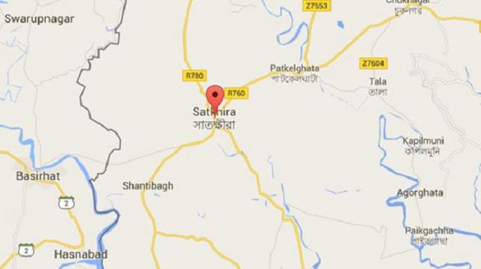 Woman killed in Satkhira road accident