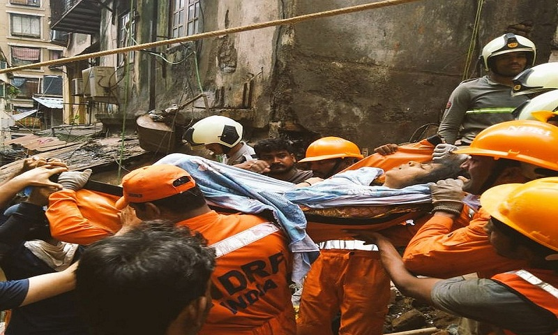 14 dead in Mumbai building collapse