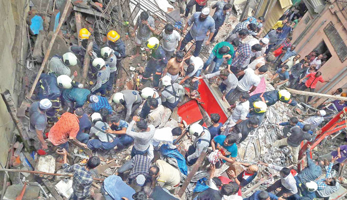 4 die in Mumbai building collapse