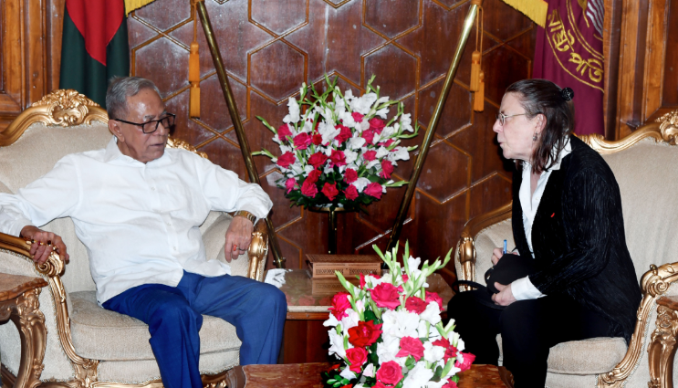 Outgoing French envoy meets President