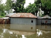 Flood situation worsens further; eight drown in three districts