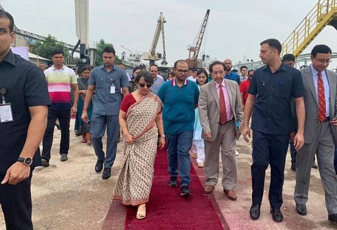 New trade era -- Bhutanese ship arrives in Bangladesh using Indian waterway