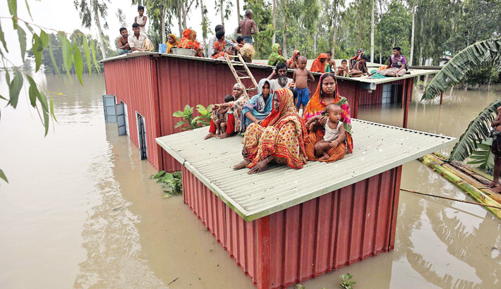 Flooding puts 4mn at risk