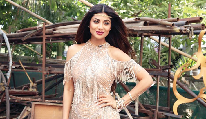 Shilpa set to make a Bollywood comeback