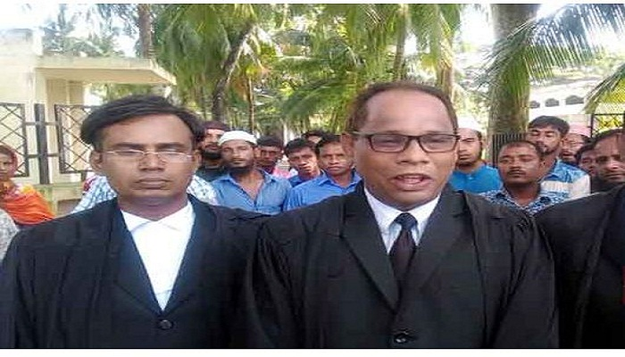 Lawyers reach Barguna court to provide legal aid to Minni