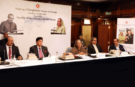 Pursue political, economic diplomacy together: PM asks envoys in Europe