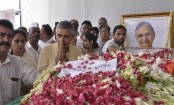 Sheila Dikshit cremated with state honours, hundreds pay homage