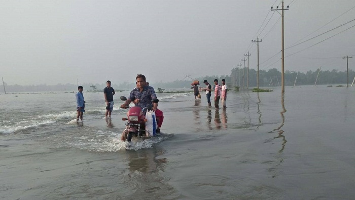 Roads in flood hit areas to be repaired before Eid: Quader