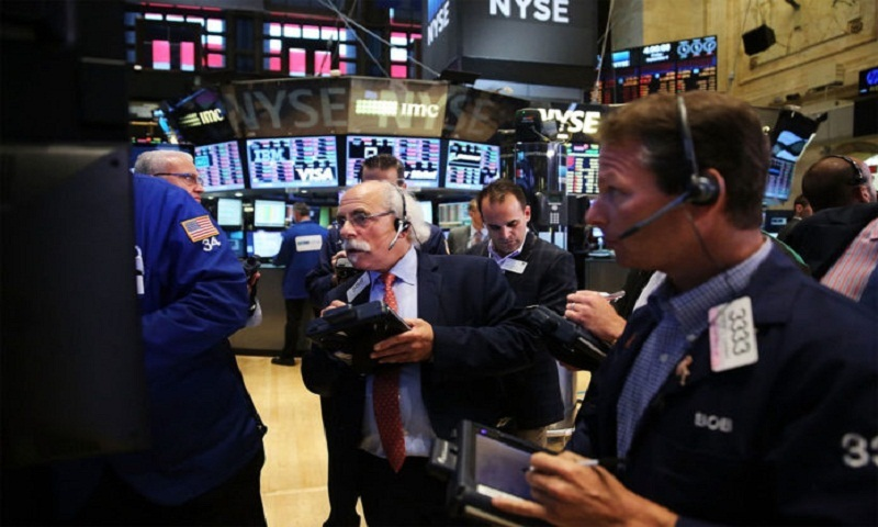US stocks rally on earnings, trade talks report
