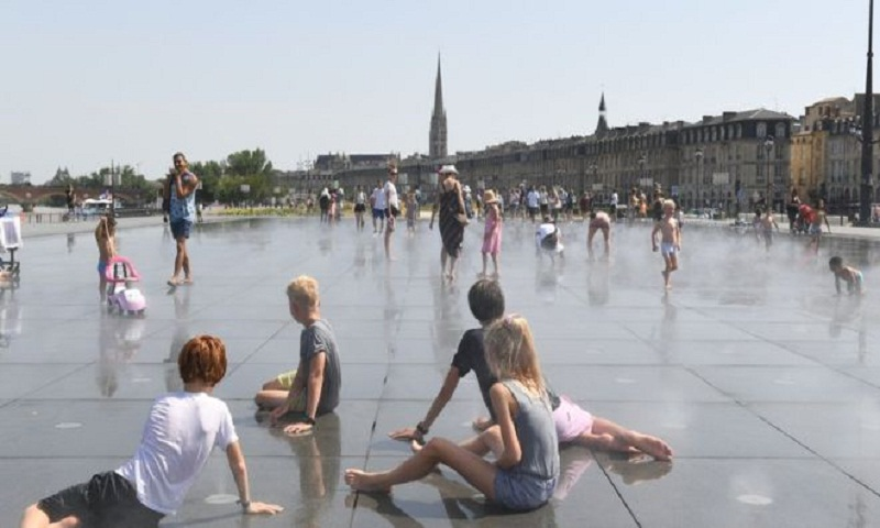 Europe heatwave: French city of Bordeaux hits record temperature
