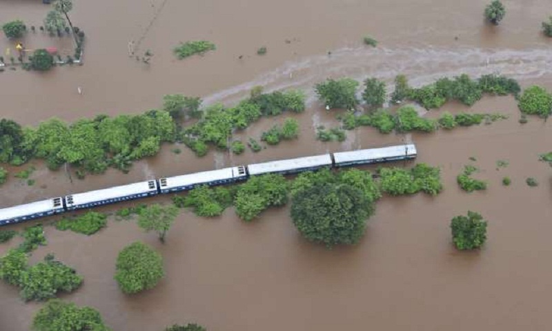 Mumbai rain: 1,000 rescued from stranded train in Maharashtra