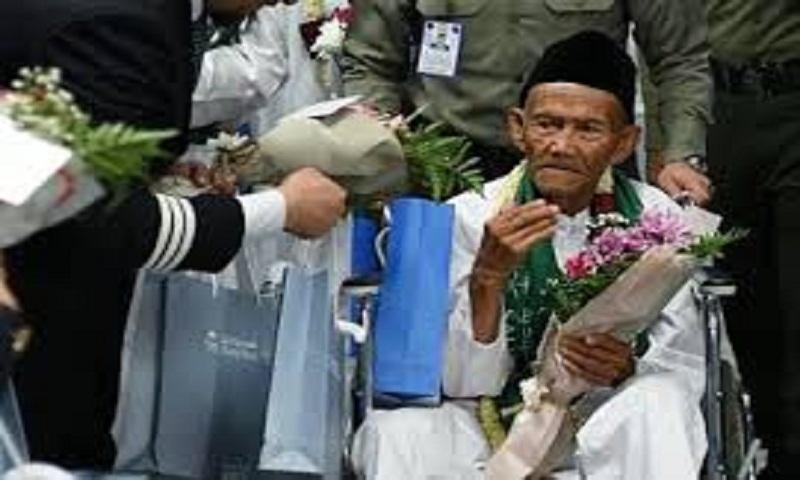 130-year-old man arrives in Saudi Arabia for Haj pilgrimage