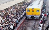 Mother, daughter die after falling off train to catch thief in India