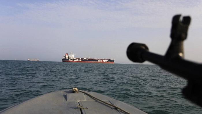 Iranian fighter jet crashes near Persian Gulf