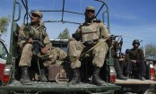 Roadside bomb attack kills two Pakistani soldiers