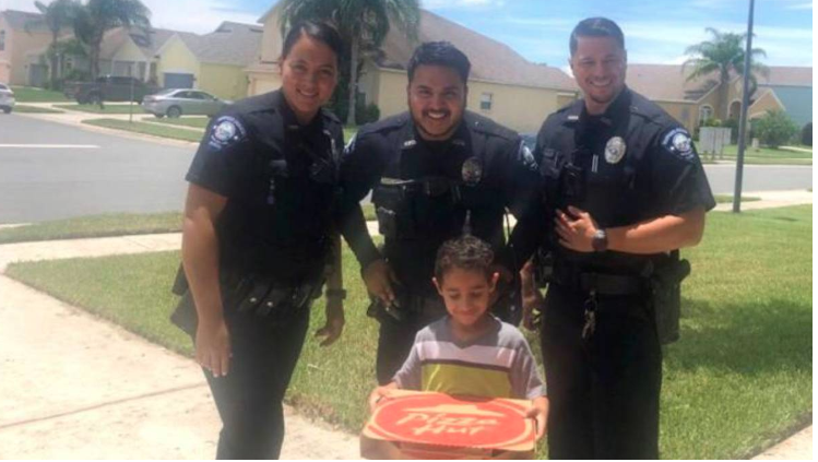 A hungry kid called 911,  cops brought him a pizza