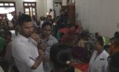 Mashrafe visits dengue patients at Narail hospital