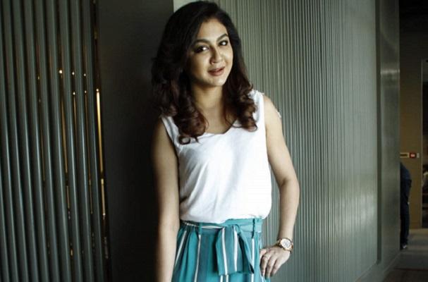 Jaya to pair with Prosenjit in Atanu Ghosh's next film