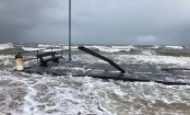 Australia weather: Fierce winds batter southern states and snap pier